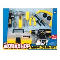 Набор инструментов. Электрошуруповерт, ящик для инструментов, плоскогубцы, винты, отвертка, ножевка